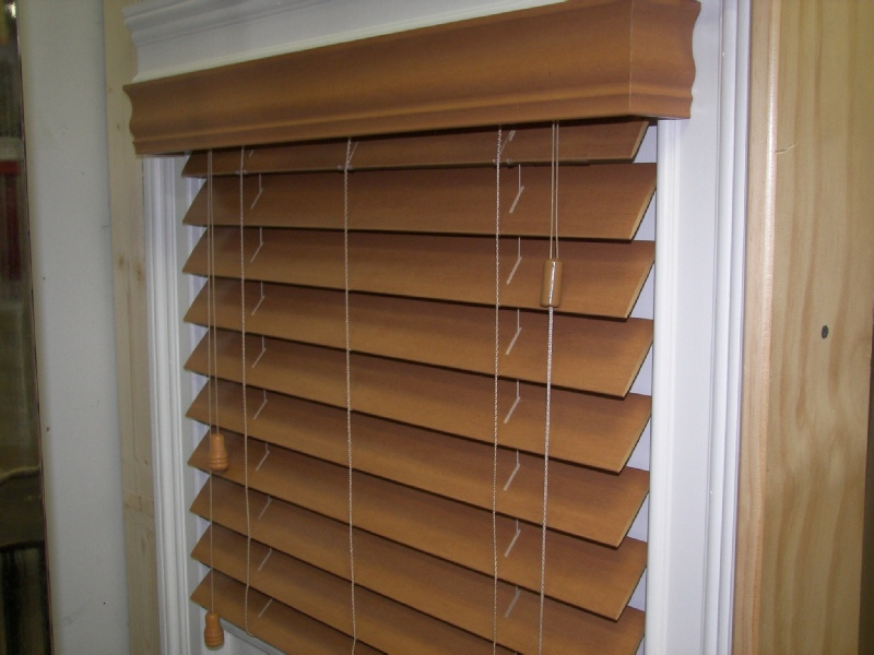 Faux wood blinds carolina window fashions for What is faux wood